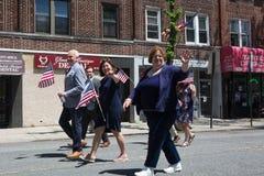 El desfile anual del D?a de los ca?dos de Ridgewood/de Glendale imágenes de archivo libres de regalías
