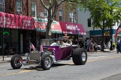 El desfile anual del D?a de los ca?dos de Ridgewood/de Glendale fotos de archivo libres de regalías