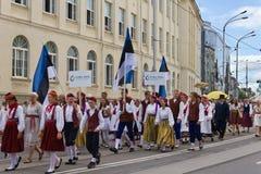 El desfile de la celebración 2011 de la canción y de la danza fotografía de archivo libre de regalías