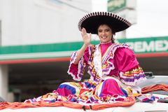 El desfile de la revolución mexicana del 20 de noviembre Imagenes de archivo