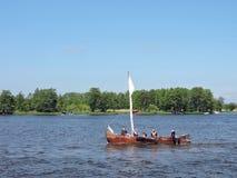 El desfile de las naves celebra en Uostadvaris, Lituania foto de archivo libre de regalías