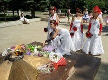 El desfile de novias Fotografía de archivo libre de regalías