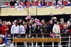 El desfile del jubileo de diamante de Thames Imagen de archivo libre de regalías