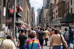 El desfile y la reunión 10 del día de 2015 NYC GoTopless Imágenes de archivo libres de regalías
