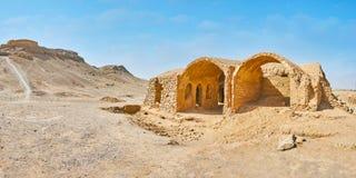 El desierto rocoso con ruinas antiguas, Yazd, Irán imagen de archivo