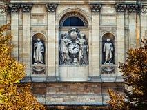El detalle del phasade de la universidad de Sorbonne foto de archivo libre de regalías