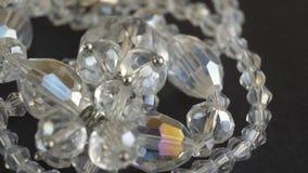 El diamante brillante hermoso de los cristales aisló metrajes