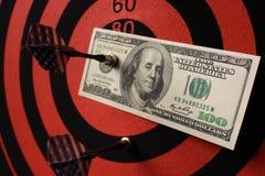 El dinero es la blanco del negocio fotos de archivo libres de regalías