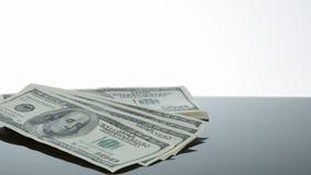 El dinero habla cientos billetes de dólar Fotos de archivo libres de regalías