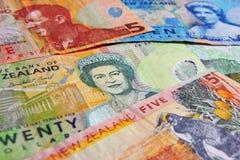 El dinero observa las cuentas - Nueva Zelandia Imágenes de archivo libres de regalías