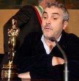 El director ganador de un Oscar Alfonso Cuarón Imagenes de archivo