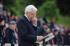 El discurso del presidente de la rep?blica italiana Sergio Mattarella en los militares polacos imagenes de archivo