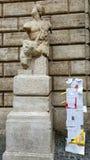 El discurso libre protesta contra la estatua de Paquino, Roma, Italia fotos de archivo libres de regalías