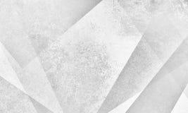 El diseño blanco abstracto del fondo con ángulos y capa modernos forma con textura gris del grunge Foto de archivo libre de regalías