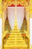 El diseño del arte de tejado de oro del templo, Bangkok, Tailandia Beautif Fotografía de archivo libre de regalías