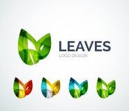 El diseño del logotipo de las hojas de Eco hecho de color junta las piezas Fotografía de archivo libre de regalías