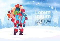 El diseño Santa Holding Stack Of Present de las decoraciones de las vacaciones de invierno encajona la tarjeta de felicitación de libre illustration