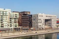 El distrito de la confluencia en Lyon, Francia Foto de archivo libre de regalías