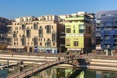 El distrito de la confluencia en Lyon, Francia Foto de archivo
