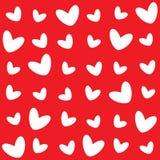 El diverso modelo de los corazones blancos en un fondo rojo ilustración del vector