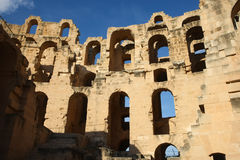 El Djem Amphitheatre rujnujące ściany Fotografia Stock