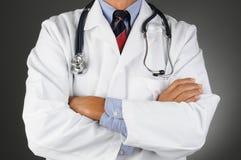 El doctor With Arms Folded Imágenes de archivo libres de regalías