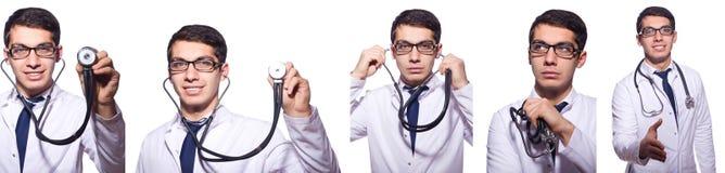 El doctor de sexo masculino joven aislado en blanco Foto de archivo libre de regalías