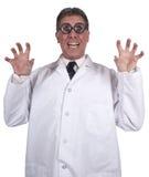 El doctor loco Isolated del científico enojado divertido en blanco imagenes de archivo