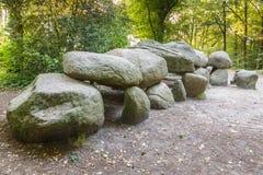 El dolmen D27 es un edificio previsto para el entierro de la gente difunta fotografía de archivo