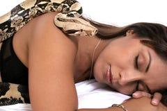 El dormir con el enemigo Foto de archivo libre de regalías