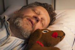 El dormir con un amigo imagenes de archivo
