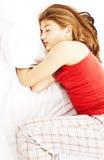 El dormir de la mujer joven fotografía de archivo libre de regalías