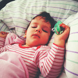 El dormir del bebé Imágenes de archivo libres de regalías