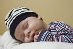 El dormir del bebé Imagenes de archivo