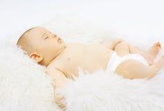 El dormir del dulce del bebé imagen de archivo