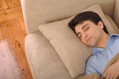 El dormir del hombre Imágenes de archivo libres de regalías