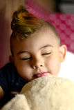 El dormir del muchacho Foto de archivo