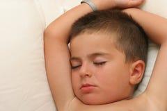 El dormir del niño Imagen de archivo libre de regalías