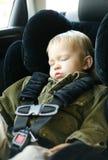 El dormir del niño pequeño imágenes de archivo libres de regalías