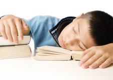 El dormir después de leer Imagenes de archivo