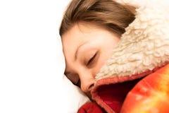 El dormir hermoso de la mujer Foto de archivo libre de regalías