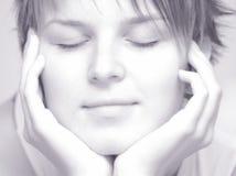 El dormir hermoso de las mujeres Imagenes de archivo