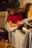 El dormir joven del estudiante Fotos de archivo