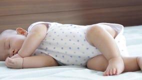 El dormir lindo del bebé metrajes