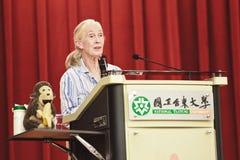 El Dr. Jane Goodall, universidad nacional de Taitung, representante imagen de archivo