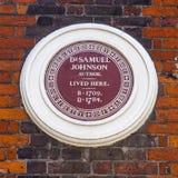 El Dr. Samuel Johnson Plaque en Londres Fotos de archivo