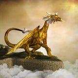El dragón de oro feroz libre illustration