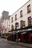 El Dubliner viejo en el distrito de la barra del templo, situado en el southbank del río Liffey en Dublín, Irlanda Imágenes de archivo libres de regalías