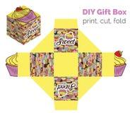 El dulce lo hace usted mismo magdalena de DIY que empaqueta para los desiertos, caramelos, pequeños regalos, juguetes Esquema de  Libre Illustration