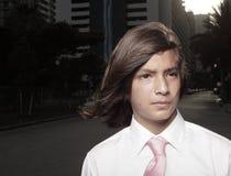 El echar un vistazo adolescente joven hermoso lejos Fotografía de archivo libre de regalías